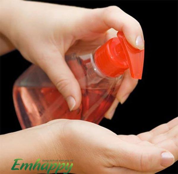 Các thành phần và tác dụng của dung dịch vệ sinh phụ nữ
