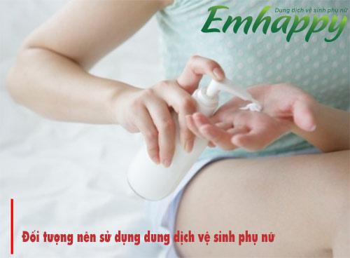 Độ tuổi thích hợp dùng dung dịch vệ sinh phụ nữ